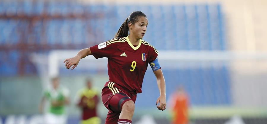 La venezolana Deyna Castellanos está dentro de las candidatas a la mejor jugadora del mundo de la Fifa. (Foto Prensa Libre: Internet)