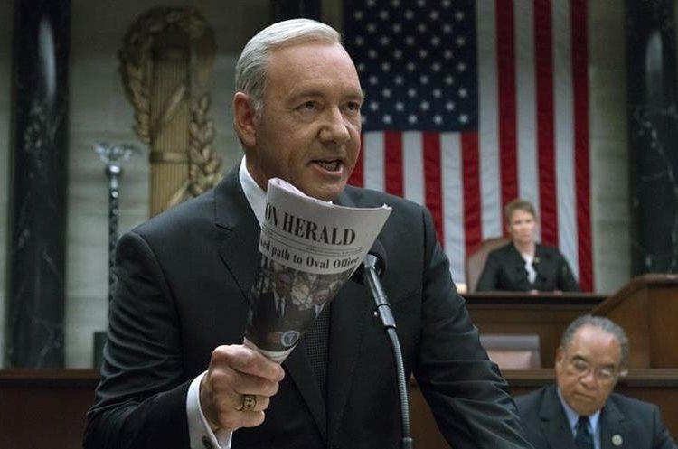 Series como House of Cards hicieron popular el servicio de Netflix. (Foto Prensa Libre: AP)