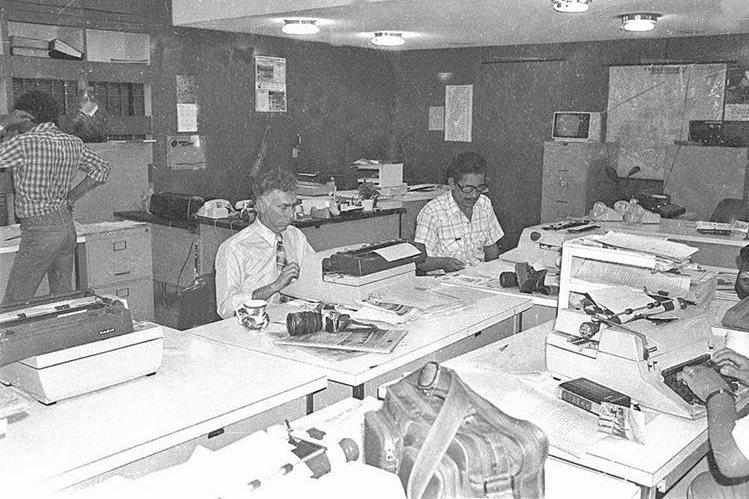 Redacción de Prensa Libre en la década de 1980. (Foto Hemeroteca PL)