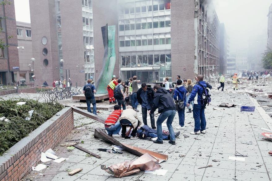 Destruccion Por La Explosion En Oslo Noruega El  De Julio De