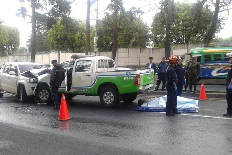 Un agente de tránsito murió atropellado en la ruta a El Salvador. (Foto Prensa Libre: CBM)