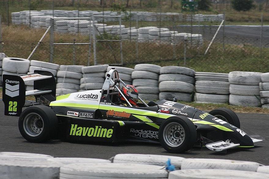 El piloto nacional confía en aumenta su ventaja en el liderato en la cuarta fecha. (Foto César Pérez).