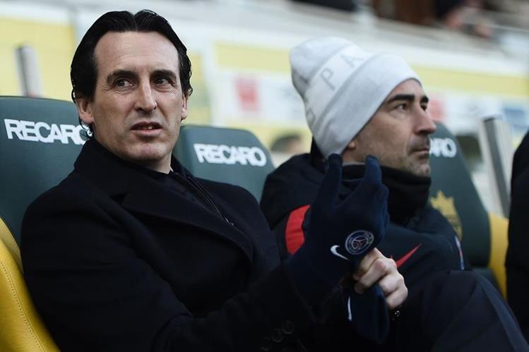 El técnico Unai Emery busca seguir reforzando su equipo. (Foto Prensa Libre: Hemeroteca PL)