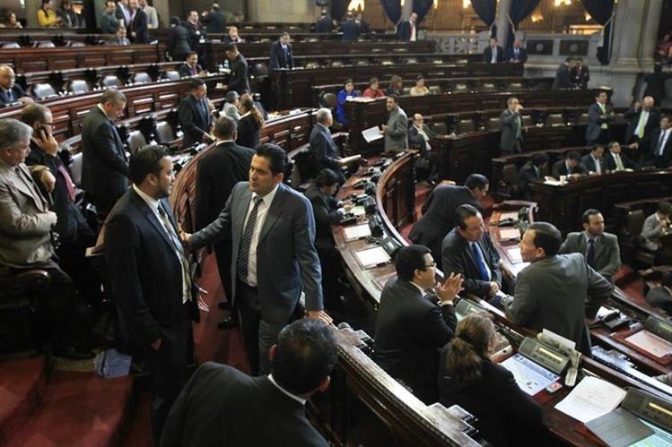 La Junta Directiva del Congreso buscará que los jefes de bloques decidan si se continúa con la discusión en el pleno de las reformas constitucionales. (Foto Prensa Libre: Hemeroteca PL)