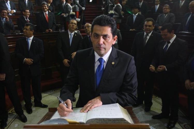 Varios jefes de bloques están siendo investigados por la reunión donde se definió a Óscar Chinchilla como presidente del Congreso (Foto Prensa Libre: Hemeroteca PL)