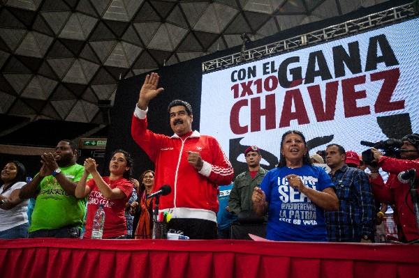 Nicolás Maduro participa en un mitin político en Caracas, Venezuela.