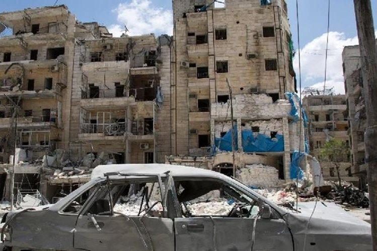 Estado Islámico causa destrucción en ataque a ciudad siria de Deir Ezor.(AFP).