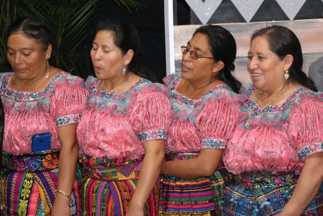 """Mujeres indígenas con la indumentaria de uso diario en Quiché.&nbsp;<span style=""""font-size: 12px;"""">PRENSA LIBRE / HÉCTOR CORDERO</span>"""