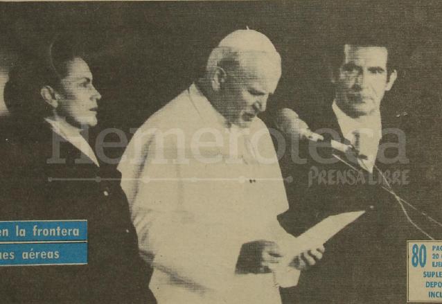 La primera visita de Juan Pablo II a Guatemala en 1983 fue un hito en la historia del país. (Foto: Hemeroteca PL)