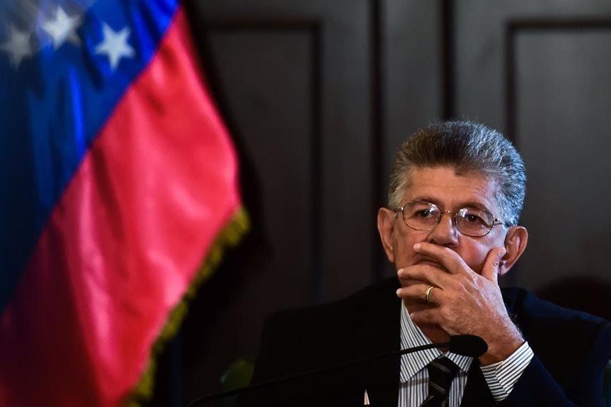 El presidente de la Asamblea Nacional e Venezuela, Henry Ramos Allup, criticó la decisión de la suprema corte. (Foto Prensa Libre: AFP).