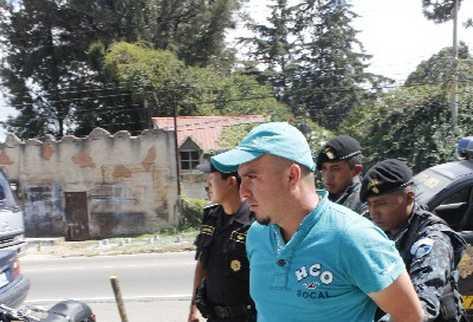 Policía captura a  Francisco Castillo Villatoro.