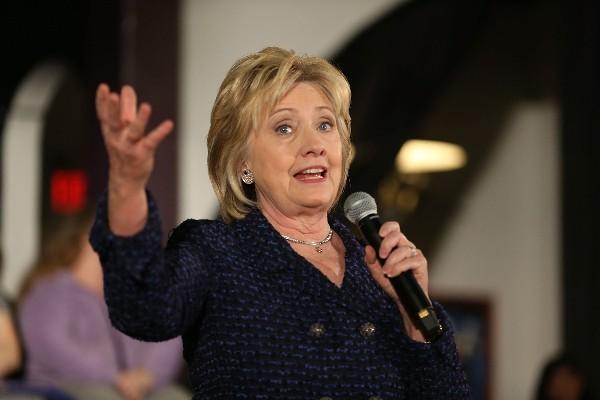 Hillary Clinton precandidata presidencial del Partido Demócrata.