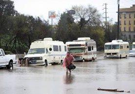 Meteorólogos emitieron alertas de inundaciones repentinas en la Bahía de San Francisco.(AP).