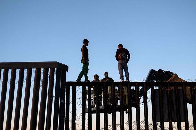 Los roses entre migrantes centroamericanos y soldados estadounidenses se ha visto durante toda la jornada, en Tijuana.
