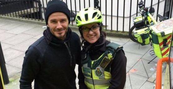 Esta es la fotografía de Catherine Maynard junto al inglés David Beckham. (Foto Prensa Libre: Internet)