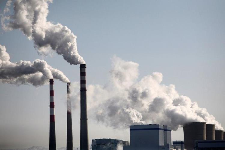 Las emisiones de carbono representan el 60 por ciento de la huella ecológica de la humanidad. (Foto HemerotecaPL)