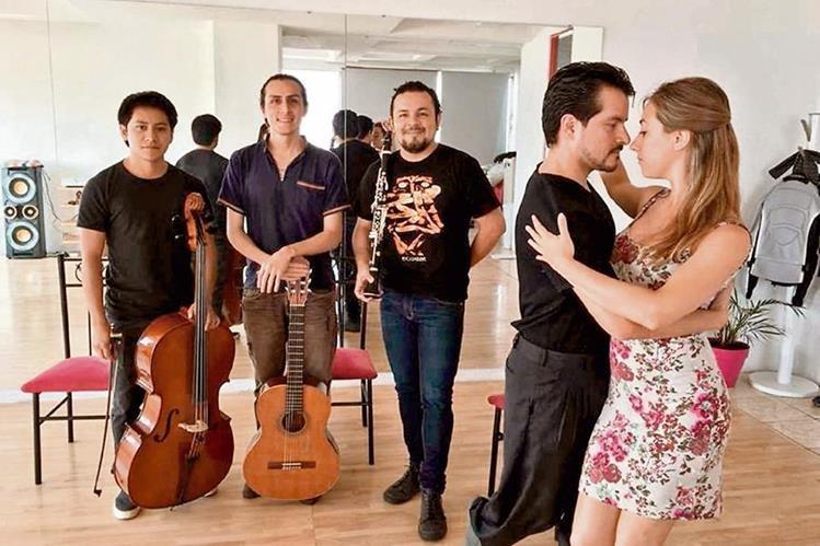 El grupo Aj'keem tendrá invitados especiales en una noche de tangos y música latinoamericana. (Foto Prensa Libre: Cortesía Aj'keem).