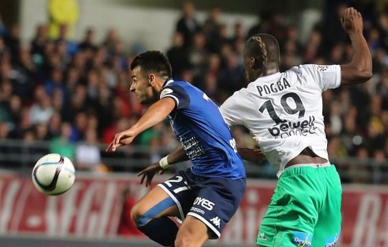 Saint-Etienne venció en su visita al Troyes y está en buena racha (Foto Prensa Libre: AFP)