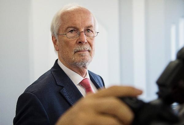 <em>&nbsp;Harald Range habla a la sobre el blog periodístico netzpolitik.org.(Foto Prensa Libre: AFP).</em>