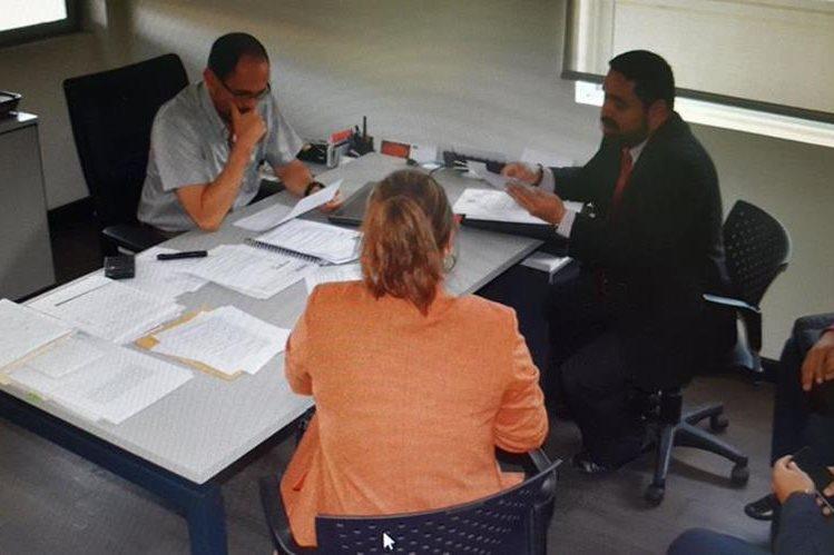 La denuncia fue presentada por la SAT en el 2002 por los delitos de Defraudación Aduanera y Caso especial de defraudación aduanera. (Foto Prensa Libre)