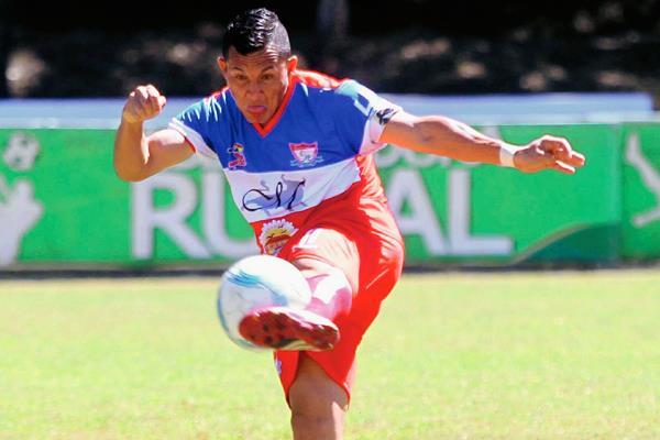 Halcones será local en el juego este domingo en el Mateo Flores. (Foto Prensa Libre: Hemeroteca)