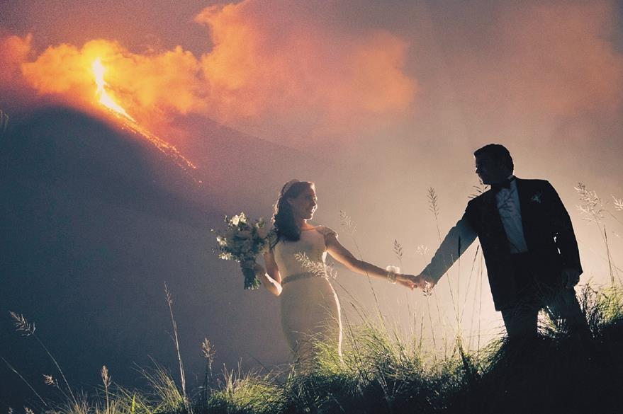 Extranjeros eligen Guatemala para casarse porque les resulta más barato que en sus países. Otros simplemente porque se enamoran de nuestra patria. Foto Prensa Libre: Rodolfo Walsh