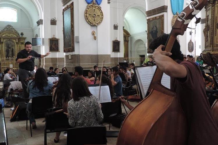 La Orquesta Sinfónica Juvenil Municipal cerrará con broche de oro el Festival del Centro Histórico. (Foto Prensa Libre: Cortesía Centro Histórico, Municipalidad de Guatemala)