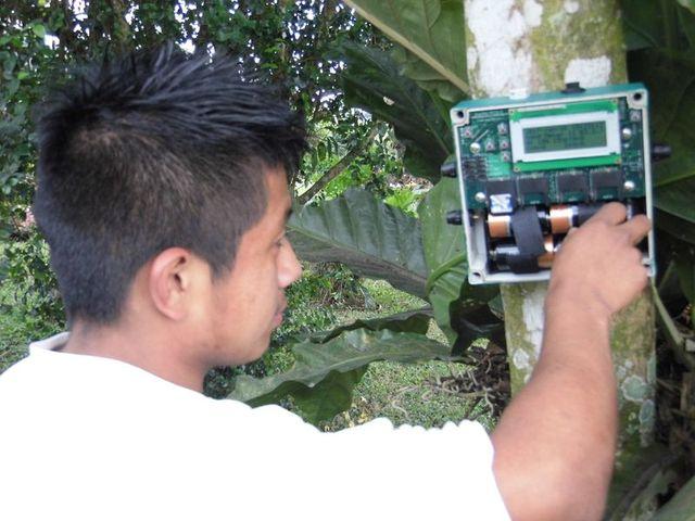 Uno de los equipos de grabación que se utilizaron en el trabajo de campo. (Foto: Cortesía Pablo Bolaños).