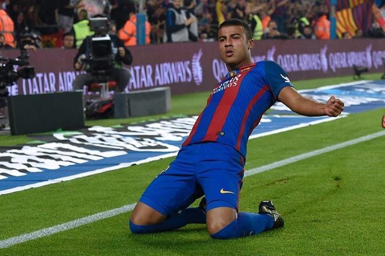 Ni Messi, Suárez o Neymar fueron los héroes este sábado, el salvador fue Rafinha. (Foto Prensa Libre: AFP)