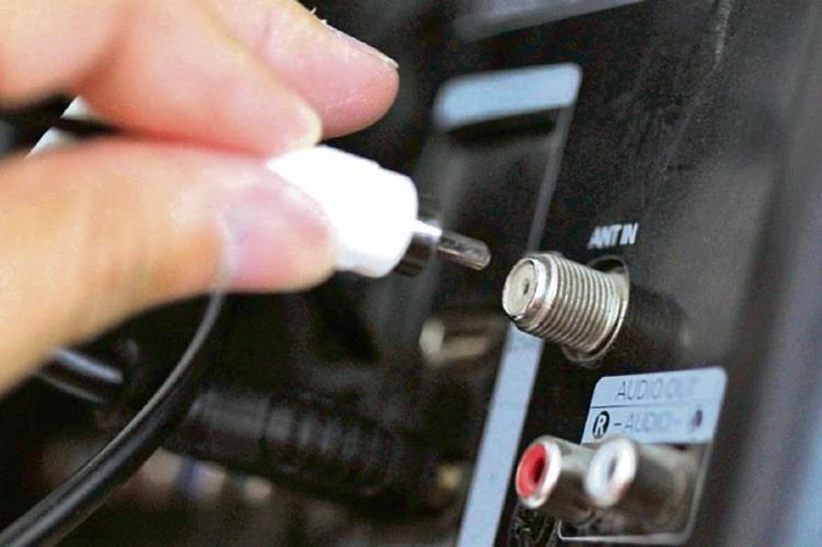 Según Aprodica, aproximadamente la mitad de las empresas de cable que operan en el país no están debidamente registradas para trabajar ni pagan derechos de propiedad intelectual.