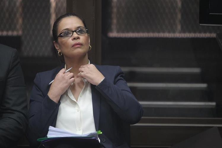 La exvicepresidenta Roxana Baldetti pasará la Navidad en familia. (Foto Prensa Libre: Hemeroteca PL)