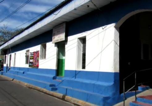 Estación policial de San Francisco Gotera de El Salvador de donde se fugaron los presos. (Foto: LPG).