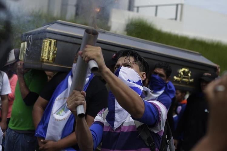 Cientos de muertos por inestabilidad política en Nicaragua impactan en el turismo hacia ese país. (Foto Prensa Libre: EFE)