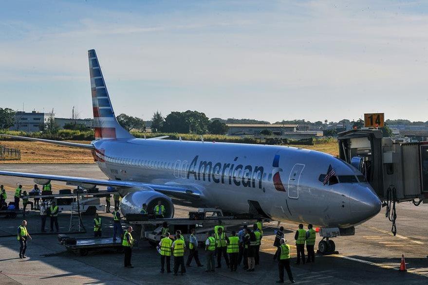 Los pasajeros no esperaban arribar en un momento histórico en Cuba cuando reservaron sus boletos. (Foto Prensa Libre: AFP).