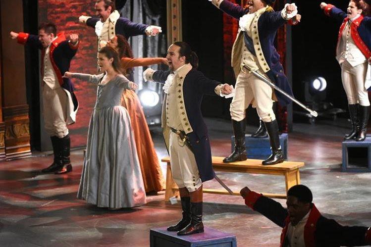 El musical Hamilton se consagró como el vencedor en la gala de los premios a lo mejor del teatro. (Foto Prensa Libre: AP)