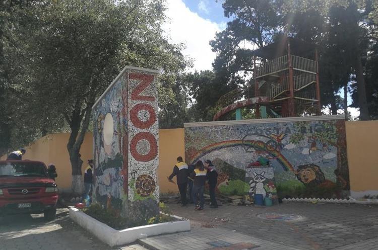 La Plaza Costa Rica se ubica dentro del perímetro del Zoológico Minerva, zona 3. (Foto Prensa Libre: Fred Rivera)