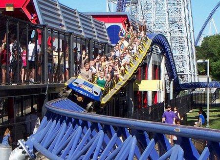 <em>El parque de diversiones está junto al Lago Erie en Sandusky y se promociona como el mejor del mundo. (Foto Prensa Libre: teleaire.com). </em>