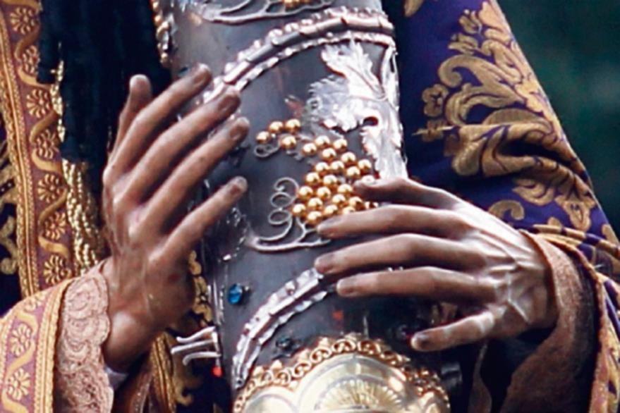 la mano  izquierda del Nazareno mercedario  ya está en proceso de restauración.