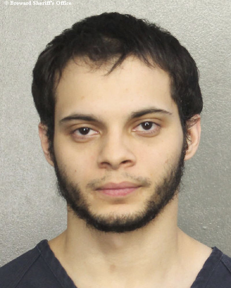 Esteban Ruiz Santiago, 26, un exmilitar de origen hispano, es el principal sospechoso del ataque armado. (Foto Prensa Libre: AP).Saturday, Jan. 7, 2017, in Fort Lauderdale, Fla. Relatives of the man who police say opened fire Friday killing several people and wounding others at a Florida airport report he had a history of mental health issues. They tell The Associated Press and other news outlets that some of the problems followed his time serving a military tour in Iraq, and that he was being treated at his current home in Alaska. (Broward Sheriff