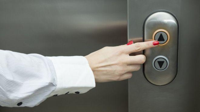 No le prestamos mucha atención, pero el ascensor es más importante de lo que se creemos... GETTY IMAGES