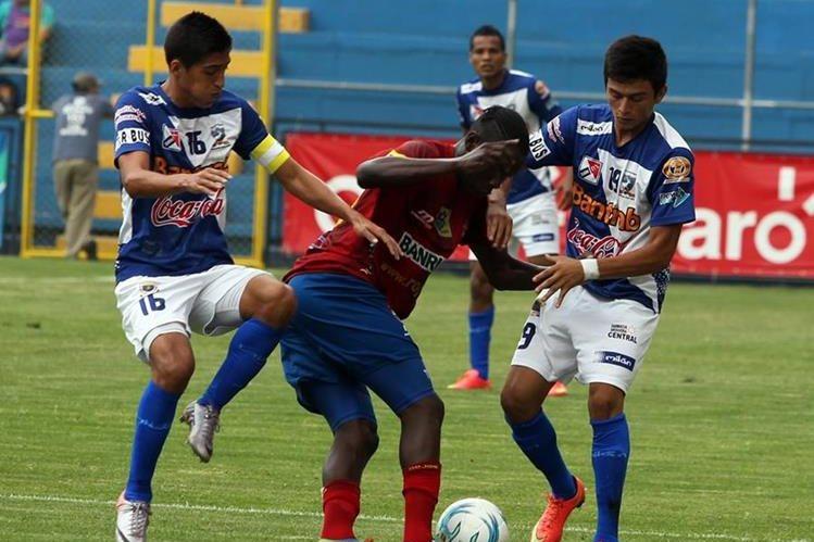 Suchitepéquez está a un paso de estar inscrito en la Liga Nacional de Futbol (Foto Prensa Libre: Hemeroteca PL)