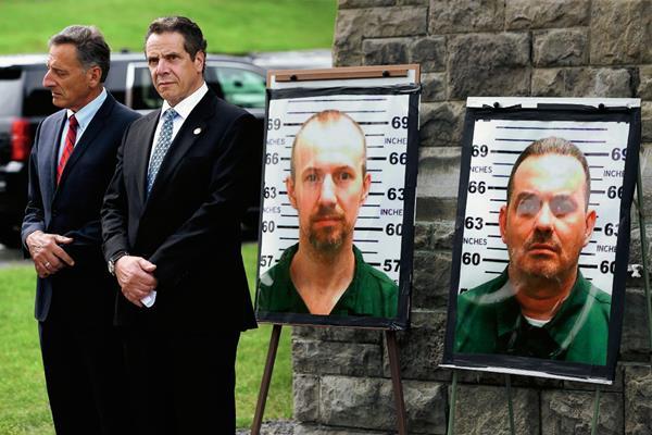 Las autoridades continúan en la búsqueda de los dos reos de alta peligrosidad que se fugaron de la prisión de Dennamora, Nueva York, el fin de seman último. (Foto Prensa Libre: AP).