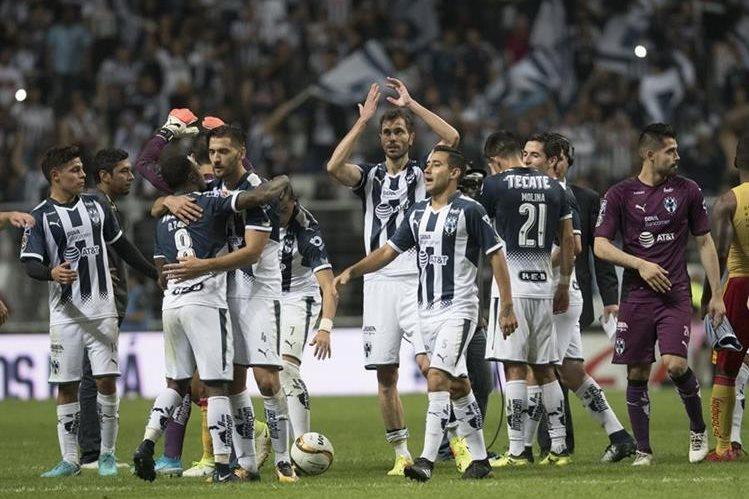 Los Rayados de Monterrey llegan con la etiqueta de favoritos a la gran final de la Liga MX. (Foto Prensa Libre: EFE)