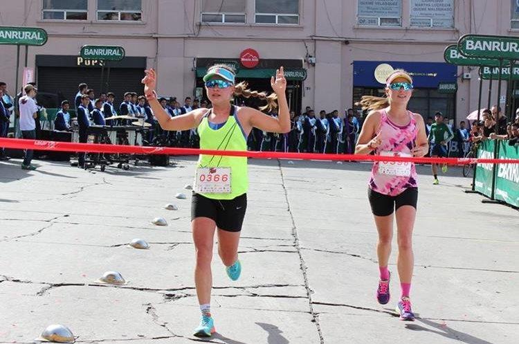 En la cuarta edición las hermanas Bárbara y Daniela Schoenfeld fueron las triunfadoras. (Foto Prensa Libre: Raúl Juárez)