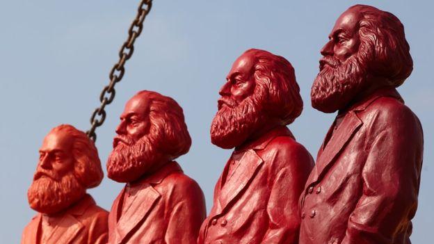Es como si diferentes Marx hubiesen escrito versiones distintas de las traducciones. THOMAS FREY/ AFP