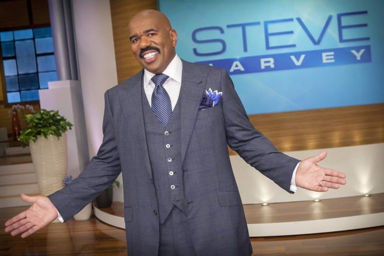 El comediante estadounidense Steve Harvey se confundió al dar el resultado de Miss Universo 2015.