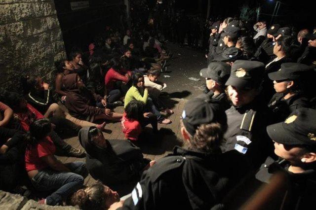 La CIDH pudo constatar la desprotección de menores internos en casas de protección. (Foto Prensa Libre: Hemeroteca PL)