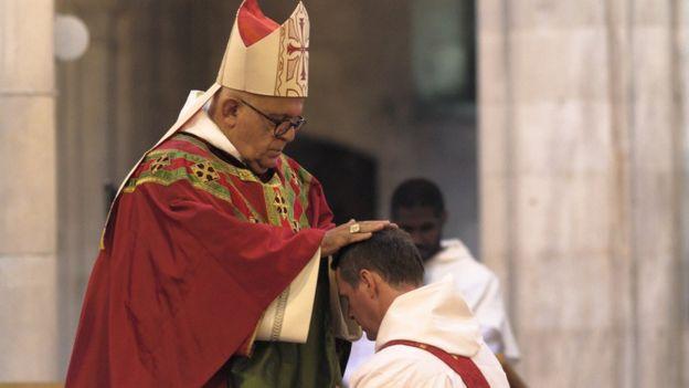 Philip Mulryne fue ordenado por el arzobispo Joseph Augustine Di Noia. (PHILIP MCSHANE)