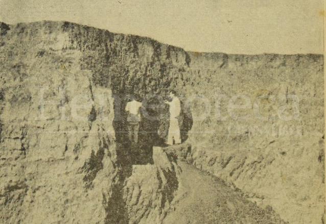 Excavaciones realizadas por el IDAEH en febrero de 1956. (Foto: Hemeroteca PL)