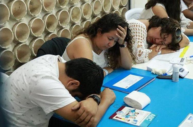 Los encargados de las mesas receptoras de votos de Suchitepéquez han tenido poco trabajo. (Foto Prensa Libre: Cristián I. Soto)